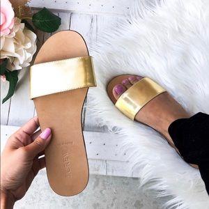 J CREW size 7 sandal